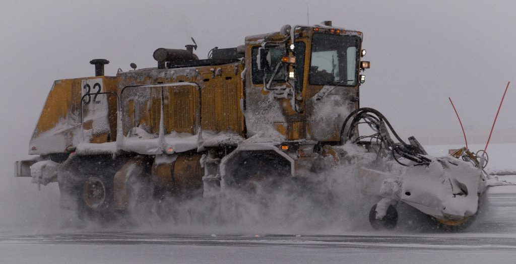 Hiring Professional Ice Control Experts